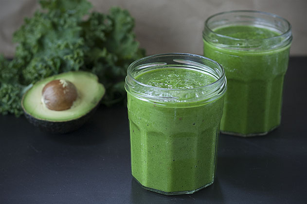 simply green kale smoothie