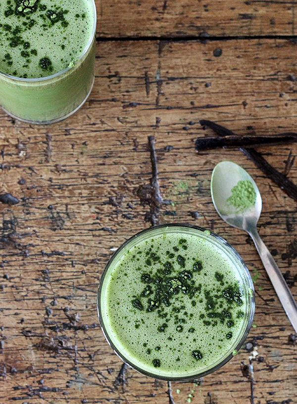 Joy of Yum | Green Matcha Smoothhie