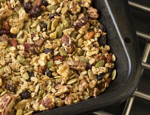 The Yummiest Granola | Whole Food Plant Based Lifestyle | Joy of Yum