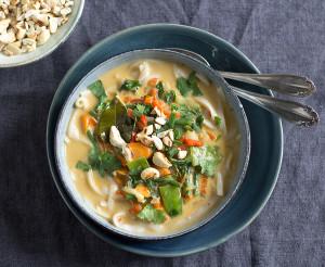 Laksa Noodle Bowl with Cashews | Joy of Yum