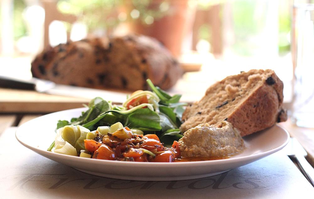 Lunch at La Finca del Castillo Arabe | Cooking with Friends | Joy of Yum